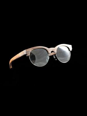 Gafas de sol de madera mixed black fondo negro