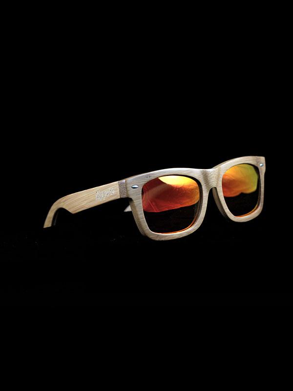 Gafas de sol de madera sunny soft tamaño completo fondo negro